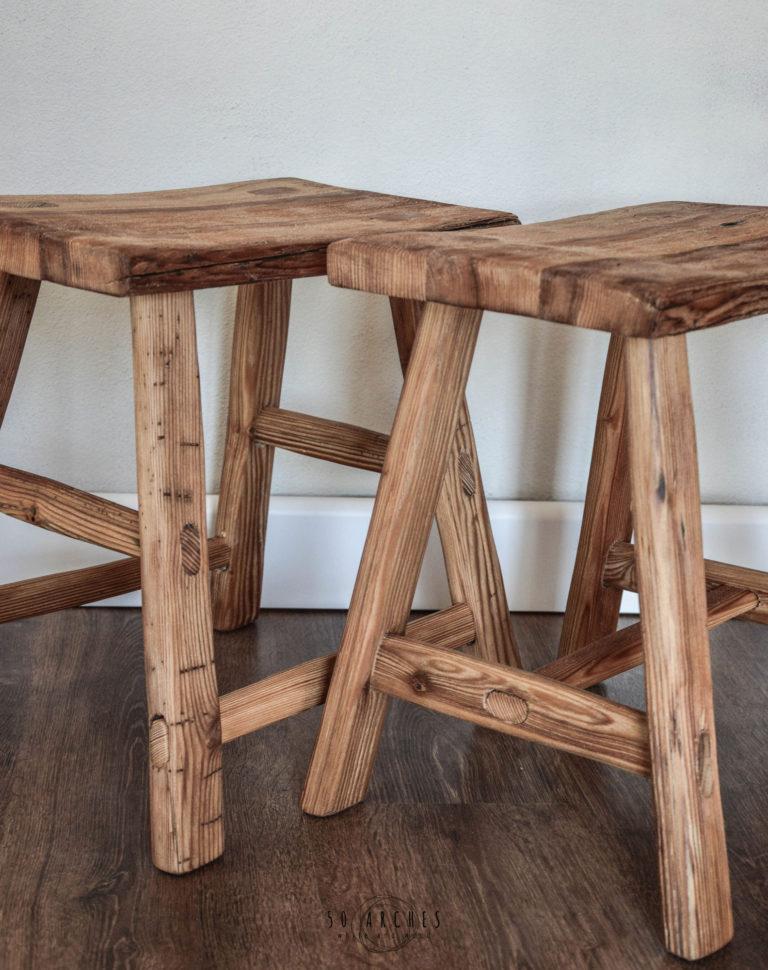 hranatý stolček/stolička