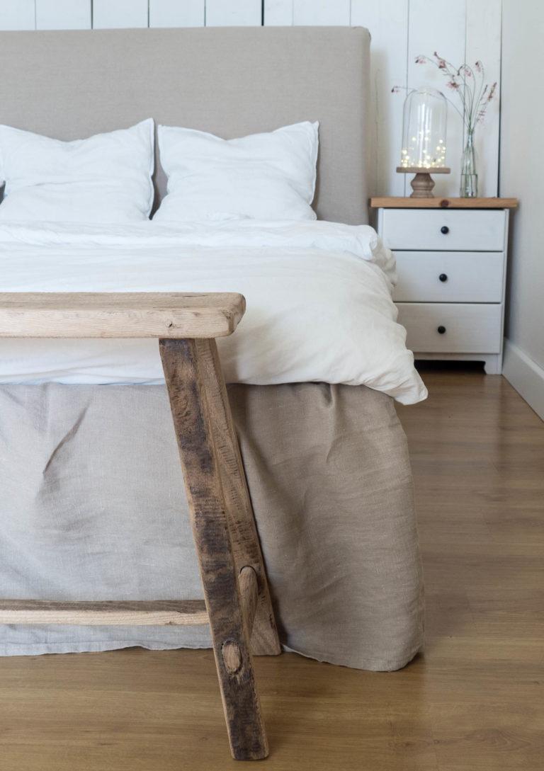 lavica v spálni 50 ARCHES